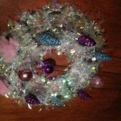 couronne rose,bleue, violette